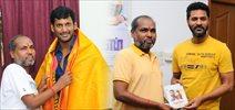 Ondikkatta Team Meet  Vishal & PrabhuDeva