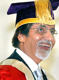 Amitabh to receive doctorate in Brisbane