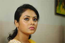 A chat with Mandhira Punnagai heroine