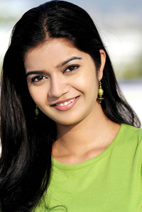 Swathi to debut in Kannada film