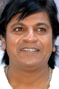 Kannada star Shivaraj Kumar essays 11 roles of legendary dad