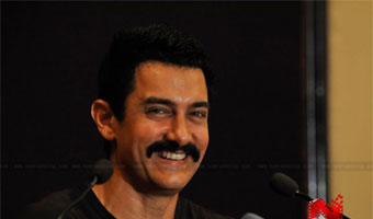 'Delhi Belly' item number situational, not promotional: Aamir