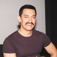 Aamir Khan plans campaign against child malnutrition
