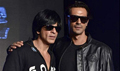 SRK and Arjun Rampal  at Sony Playstation Ra-One game launch