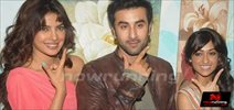 Ranbir, Priyanka & Illena on the sets of Indian Idol