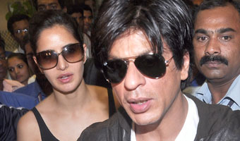 Shah Rukh Khan and Katrina Kaif spark mini mayhem at the airport