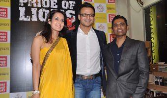 Vivek Oberoi And Tulip Joshi Launch Vinod Nair's Book