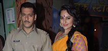 Salman Khan and Sonakshi Sinha on the sets of Diya aur Baati