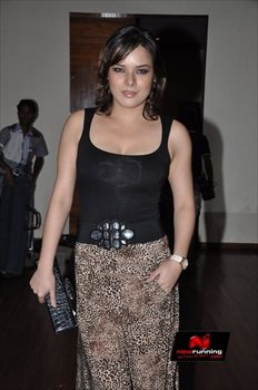 Picture 4 of Udita Goswami
