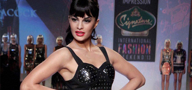 Bollywood Celebrities At Signature International Fashion Week 2013