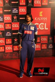 Picture 4 of Sudeep Sanjeev