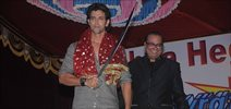 Hrithik Roshan graces Dandiya at Vile Parle