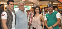 Om Puri On Location Of The Film The Mall