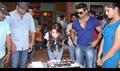 Shruti Haasan Birthday on Yevadu Location