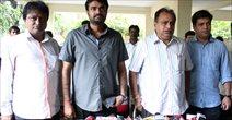 Thalaivaa Producer Chandraprakash Jain And Director Vijay At Press Meet