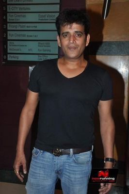 Picture 3 of Ravi Kishan