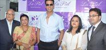 Akshay Kumar Inaugurated Dr. Trasi's 'La Piel' Clinic