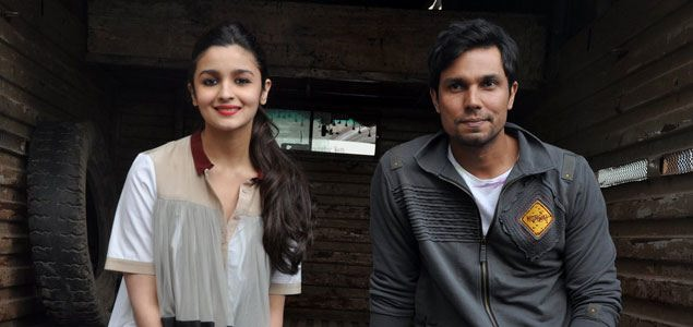 Alia Bhatt & Randeep Hooda Promote 'Highway'