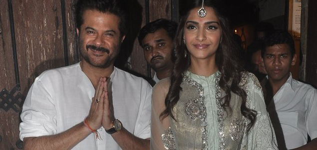 Anil and Sonam Kapoor Snapped Celebrating Diwali