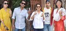 Celebs Vote At  Bandra