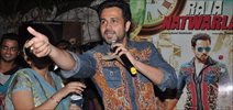 Emraan Hashmi Sells Tickets For Mr Natwarlal Promotions