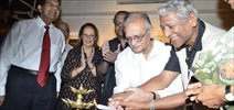 Gulzar Inaugurates Ashok Bhowmick Painting Exhibition