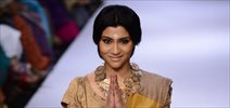 Konkona Sen Sharma walks for Anavila at LFW 2014