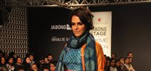 Neha Dhupia walks for Swati Vijaivargie at LFW 2014