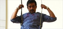 Ranvijay Singh Conducts Stunt For His Show