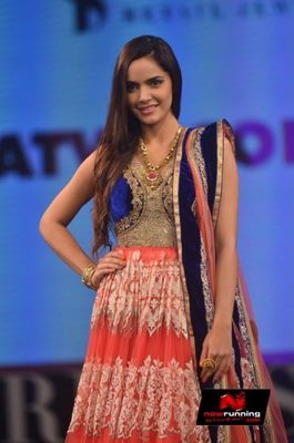 Picture 2 of Shazahn Padamsee