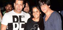 Shahrukh & Salman Khan Snapped Outside Salman's House