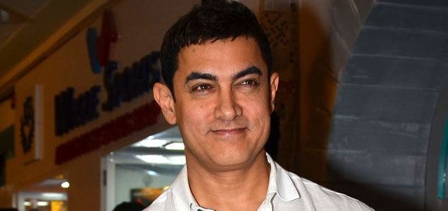 Aamir Khan launches the book 'Sagar Movietone'