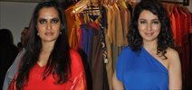 Tisca And Sona Mohapatra At Kallol Datta Preview