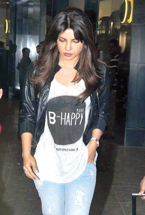 Travel in style like these Bollywood beauties