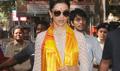 Deepika Padukone Visits Siddhivinayak Temple A Day Before Bajirao Mastani Release