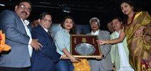 Mumbai University Felicitates ...