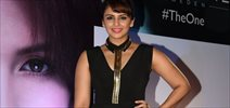 Huma Quereshi Unveils New Oriflame Matte Lipstick