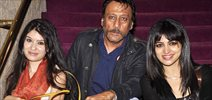 Jackie Shroff, Evelyn and Diana Haydon grace a play at NCPA