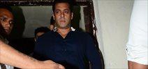 Salman Khan, Daisy, Sneha Ullal and others snapped at 'Jurassic World' Screening