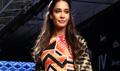 Lisa Haydon Walks For Swati Vijaivargie At LFW