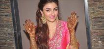 Celebs At Soha Ali Khan's Mehendi