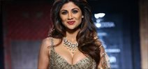 Shilpa Shetty Walks For Rimple & Harpreet Narula @ Amazon India Couture Week 2015