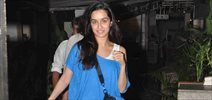 Shraddha Kapoor snapped post dinner with Tejaswini & her Husband