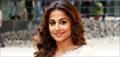Vidya Balan promotes Hamari Adhuri Kahaani on the sets of Itna Karo Na Mujhe Pyaar