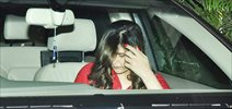 Zarine Khan snapped sans make-up in Bandra