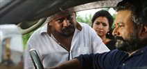 Aadupuliyattam movie On Location