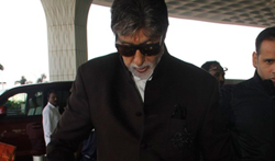 Amitabh Bachchan snapped at the airport - Pictures