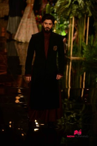 Picture 1 of Fawad Afzal Khan
