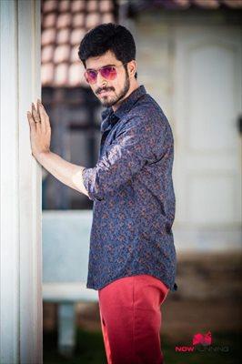 Picture 2 of Harish Kalyan