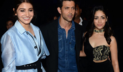 Hrithik Roshan, Anushka Sharma and many more grace the GQ Fashion Nights Red Carpet - Pictures